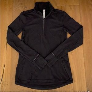 Lululemon Athletica size 4 Pullover